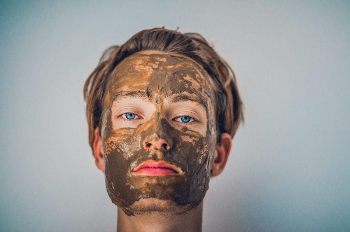 tete masque argile