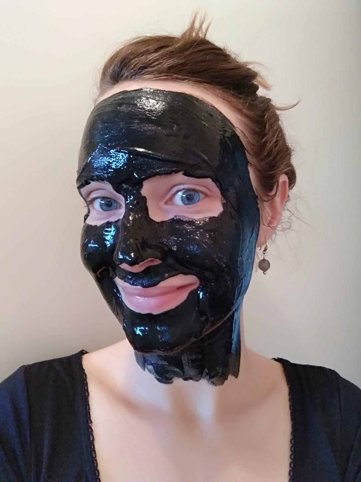 masque détox charbon
